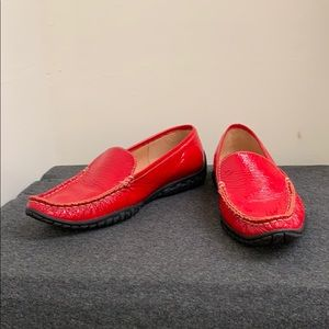 berne mev Shoes - Berne Mev NY Red Patent Leather Loafers Size 37